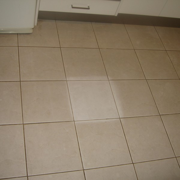 Dirty tiles, tile cleaning