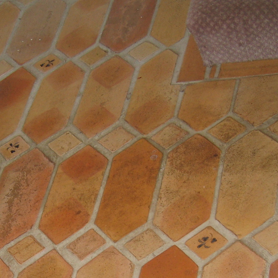 dirty tiles, dirty terracotta, before tile cleaning