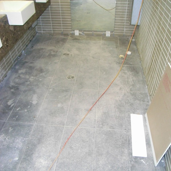 tile cleaning, dirty tiles, paint stains on tiles